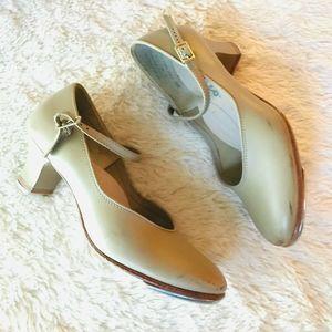 Capezio Tap Shoes Adult Women's 7
